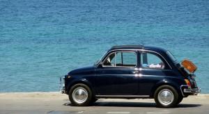 Eine Kfz-Pkw-Versicherung ist für alle Halter eines Personenfahrzeuges eine unumgängliche Pflichtversicherung.
